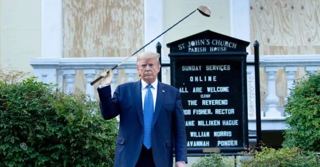 Donald Trump photoshopped to be holding up a golf club