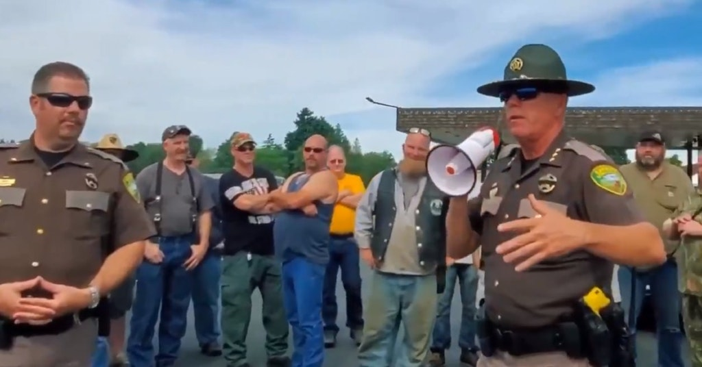 Lewis County Sheriff Robert Snaza addressing a crowd